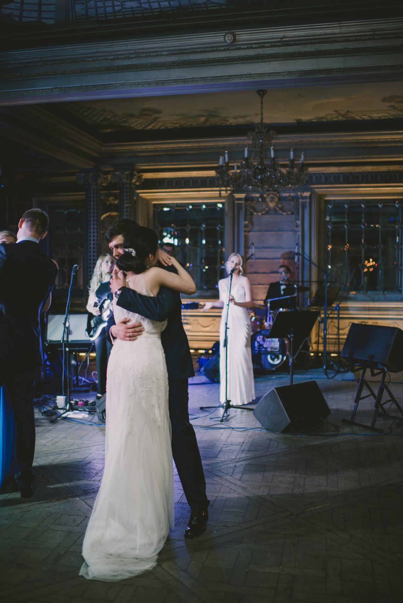 Песни для первого танца свадебного молодоженов